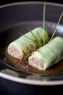 canelon-de-pato-y-foie