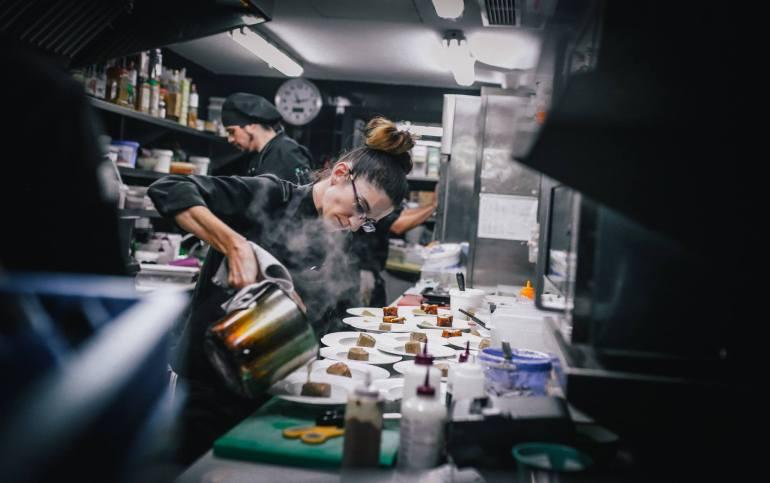 Maria Nicolau a la cuina