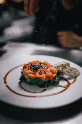 Tartar de salmó marinat i guacamole